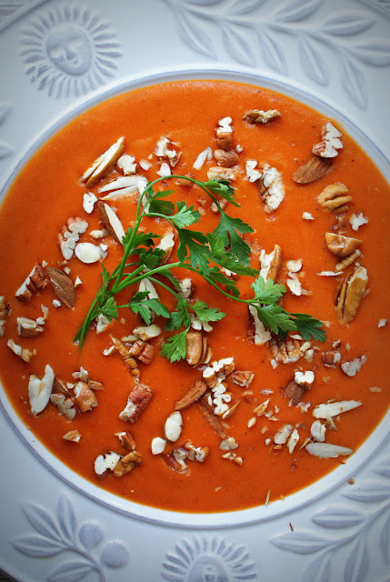 orzechy pecan,migdały,Symbio,zupa toskańska,krem z pieczonej papryki,papryka pieczona,pomidory,salsa pomidorowa,passata di pomodoro,pomidory z puszki,orzechy,detoks,kasza jaglana,