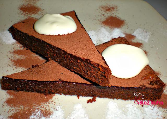čokoladna pita, sladice s čokolade