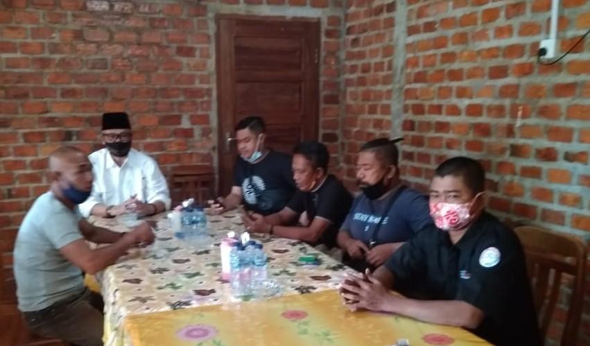 Pjs Bupati Lingga Melakukan Ngopi Bareng Dengan Wartawan