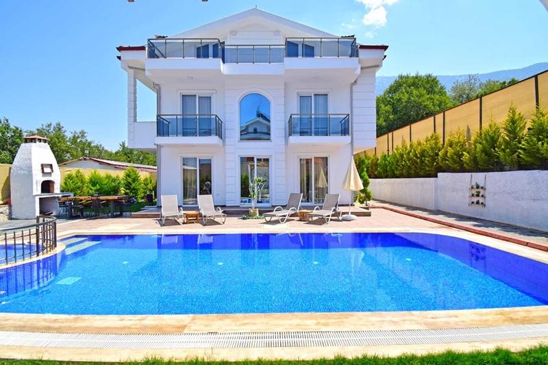 Özel Havuzlu Kiralık Villalarda Tatil Keyfini Sende Yaşa