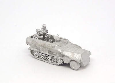 GRV61   Sd.Kfz 251/2 (Ausf C) 8cm mortar carrier and crew