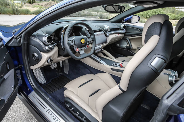 2017 Ferrari GTC4 Lusso - interior