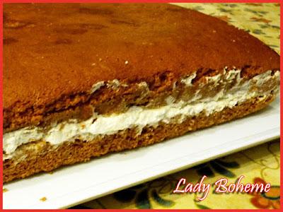 hiperica di lady boheme blog di cucina, ricette facili e veloci. Ricetta torta con farina di castagne e panna montata