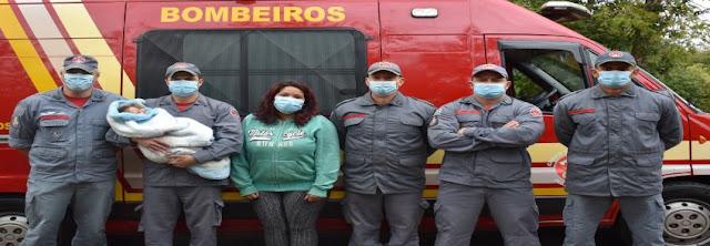 Bombeiros que salvaram bebê engasgada reencontram a família  -  Adamantina Notìcias