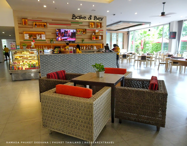 The Cafe Ramada Phuket Deevana