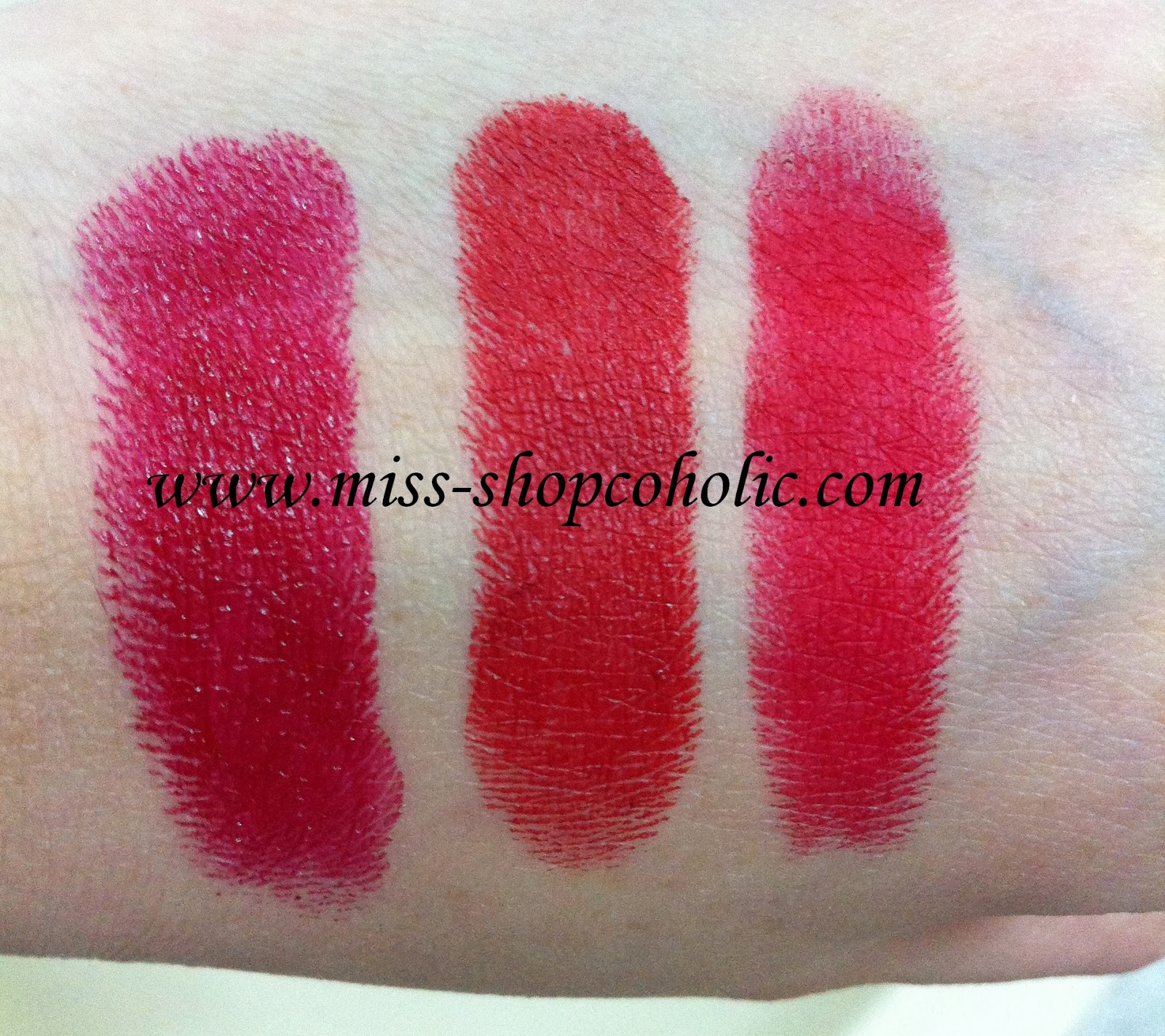Bobbi Brown Red Carpet Lipstick Swatch