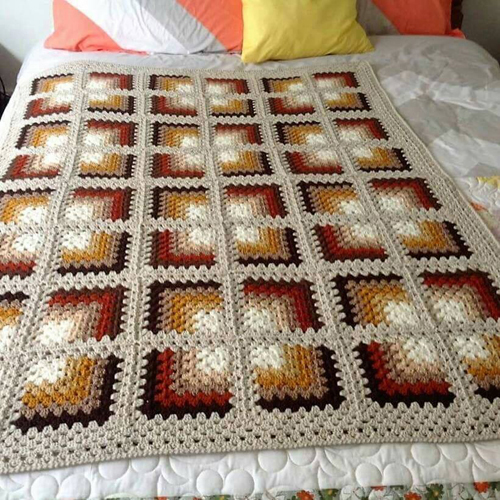 Mitred Granny Square Blanket - Free Pattern