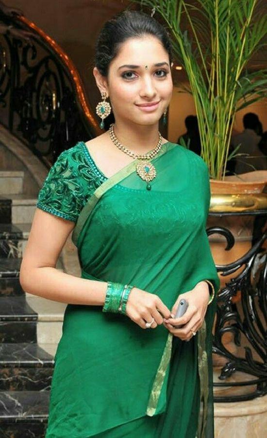 [Download] Tamanna Bhatia Saree pics, Wallpapers