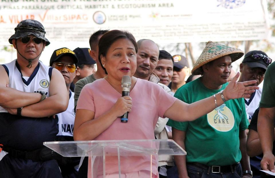 Villar suggests government should co-manage Boracay, other tourist spots