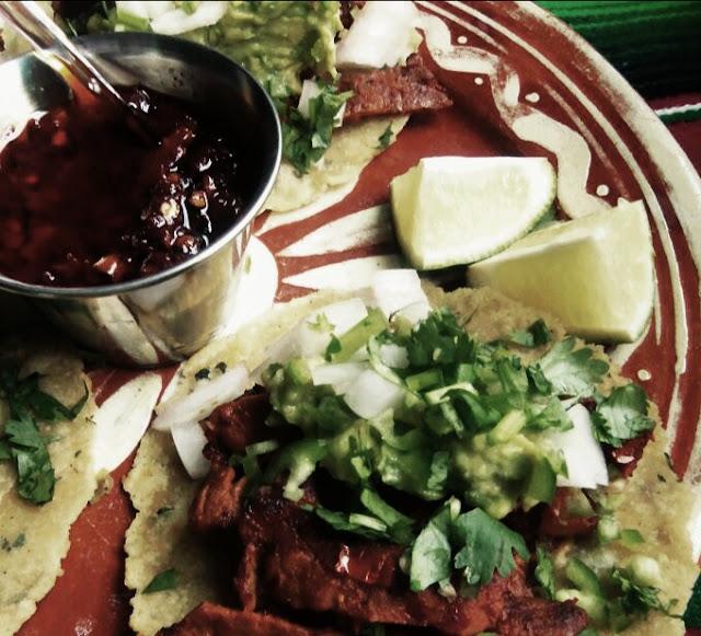 cecina en salsa roja