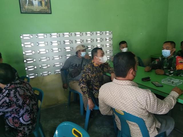 Wujud Kedekatan Personel Jajaran Kodim 0208/Asahan Laksanakan Komunikasi Sosial Bersama Masyarakat Desa Binaan