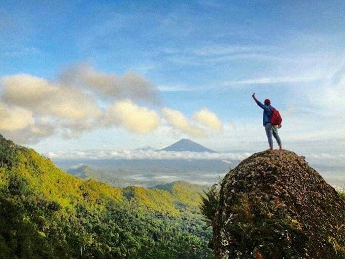 Gunung Kukusan, Menghilangkan penat dengan menikmati pemandangan alam yang sejuk, klik simak artikel menarik ini!