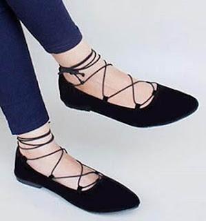 Sepatu wanita model flat bertali untuk kaki besar