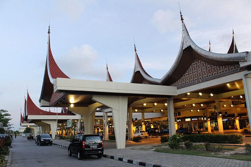 BANDARA INDONESIA: Bandar Udara Internasional Minangkabau