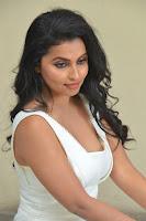 Actress Anicka Vikhraman Latest Stills HeyAndhra.com