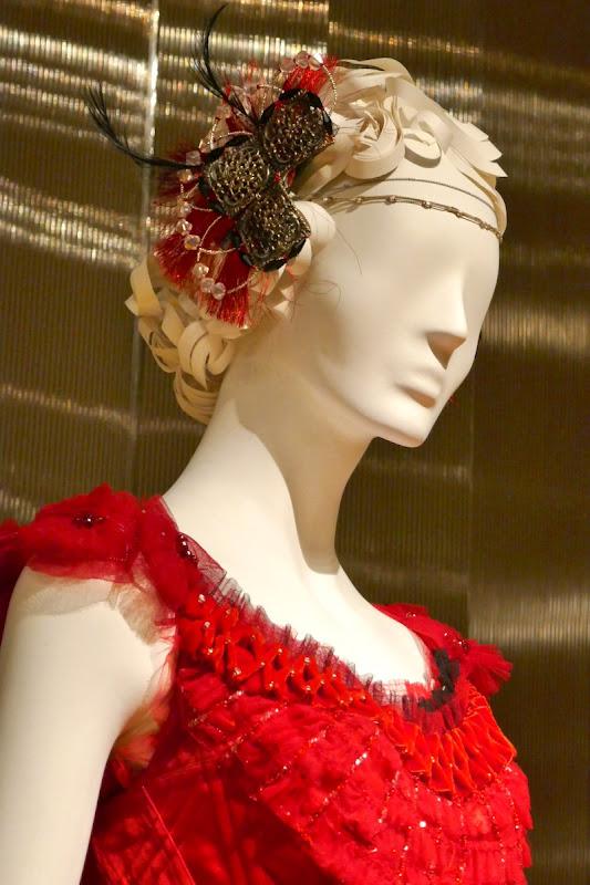 Eva Green Dumbo Colette costume headdress
