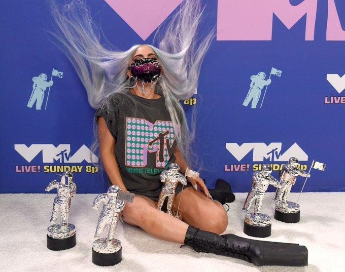 Lady Gaga won 5 awards at the 2020 #VMAs