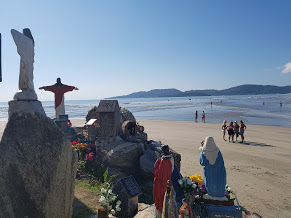 santuario a beira mar em itapema