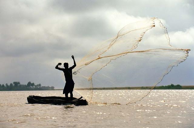 Tout ce qu'il faut savoir sur la Pêche Traditionnelle au Sénégal : culture, pêche, artisanale, filet,  fleuve, marigot, mer, poisson, tradition, ethnies, LEUKSENEGAL, Dakar, Sénégal, Afrique