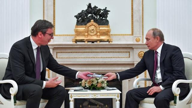 Aleksandar Vucic thanks Russia and Putin for providing military aid to Serbia