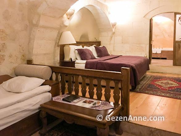 Fresco Cave Suits otelde deluxe mağara odası, Kapadokya