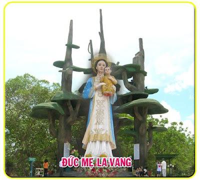 Một Gia Đình Phật Tử Theo Đạo Nhờ Ơn Lạ Của Đức Mẹ La Vang