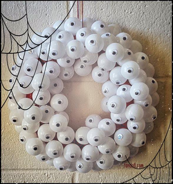 halloween wreath creepy eyeballs by tamdoll