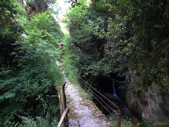 Puente sobre el Arroyo Rubó