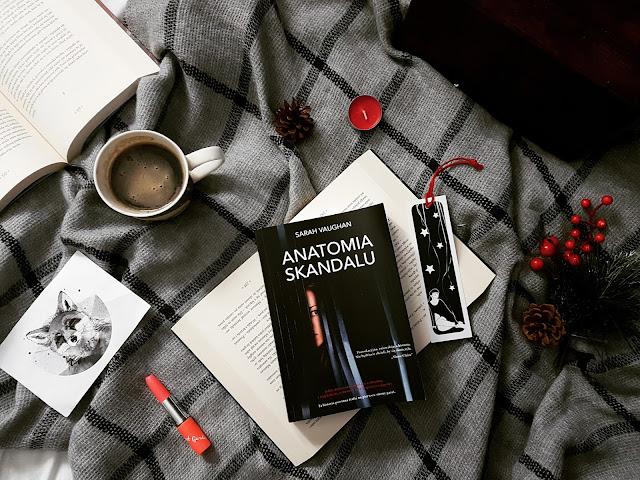 """Anatomia Skandalu"" Sarah Vughan"