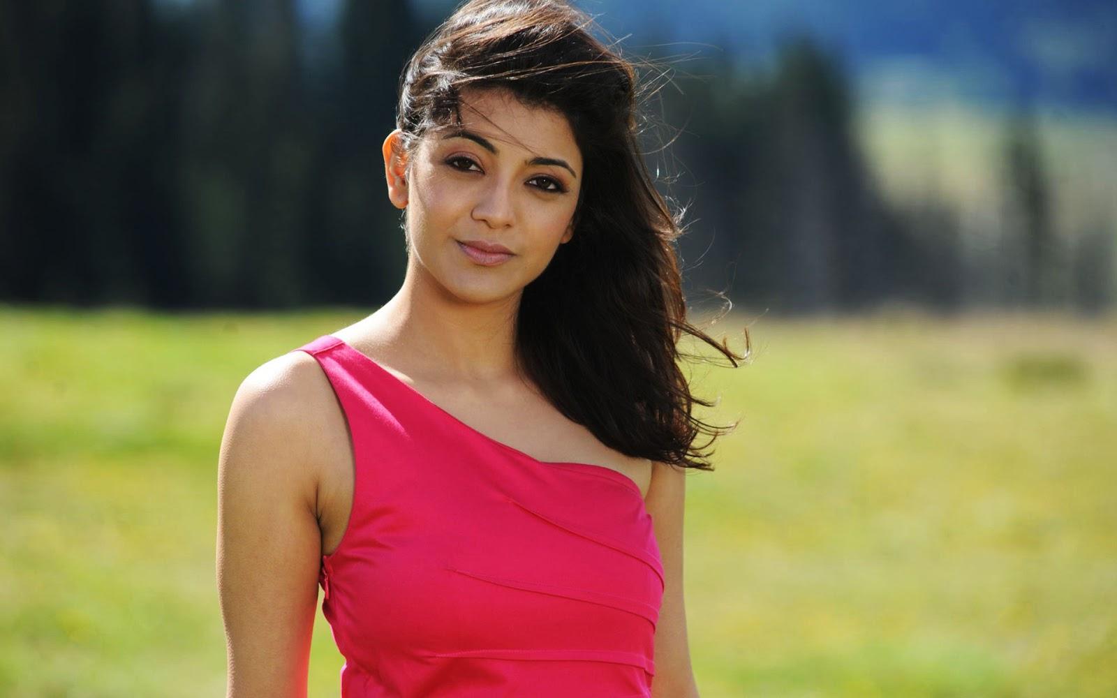 Kajal Aggarwal - A South Indian Actress Hot pics sexy bra images