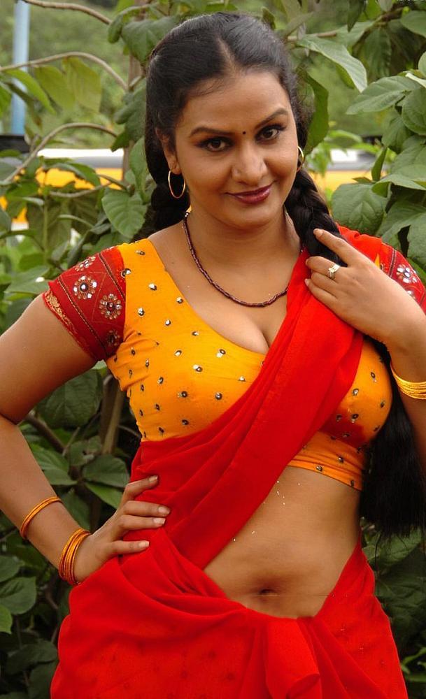 Telugu Sexy Aunty Images