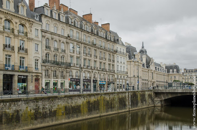 Rennes viaje Bretaña francesa Normandia coche diario