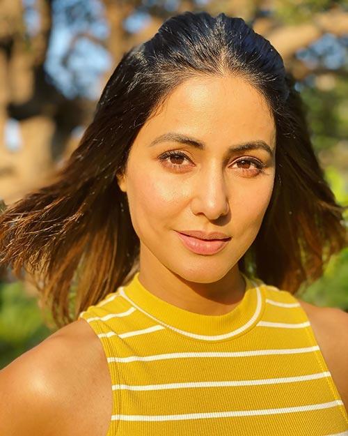 Most stylish indian tv actress hina khan in yellow dress