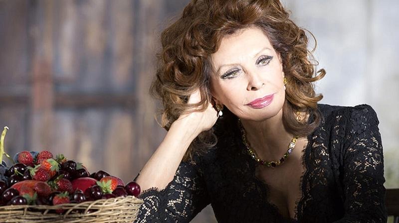 Как выглядит Софи Лорен в свои 80