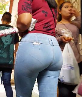 Candid videos mexicanas bonitas pantalones entallados