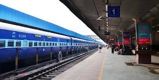 दिल्ली रेलवे स्टेशन पर 1 साल बाद प्लेटफॉर्म टिकट की बिक्री शुरू