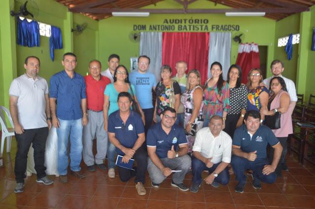 Em reunião no auditório do Sindicato dos Trabalhadores Rurais de Ipueiras, coordenador do IBGE, diz que Censo é prioridade