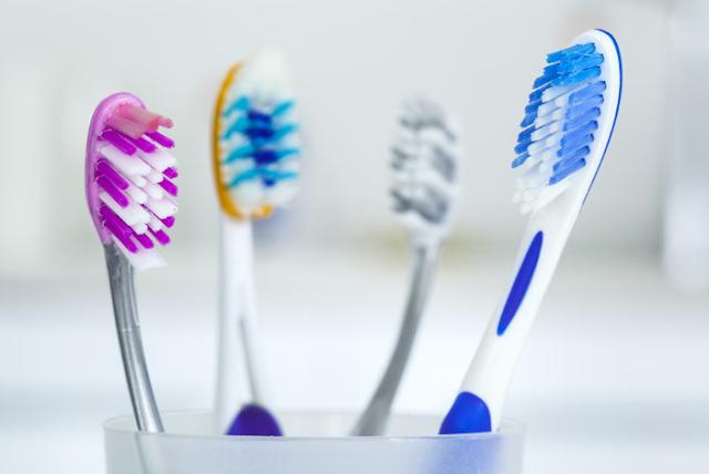 Tips untuk Menyimpan Sikat Gigi agar Aman dan Higienis