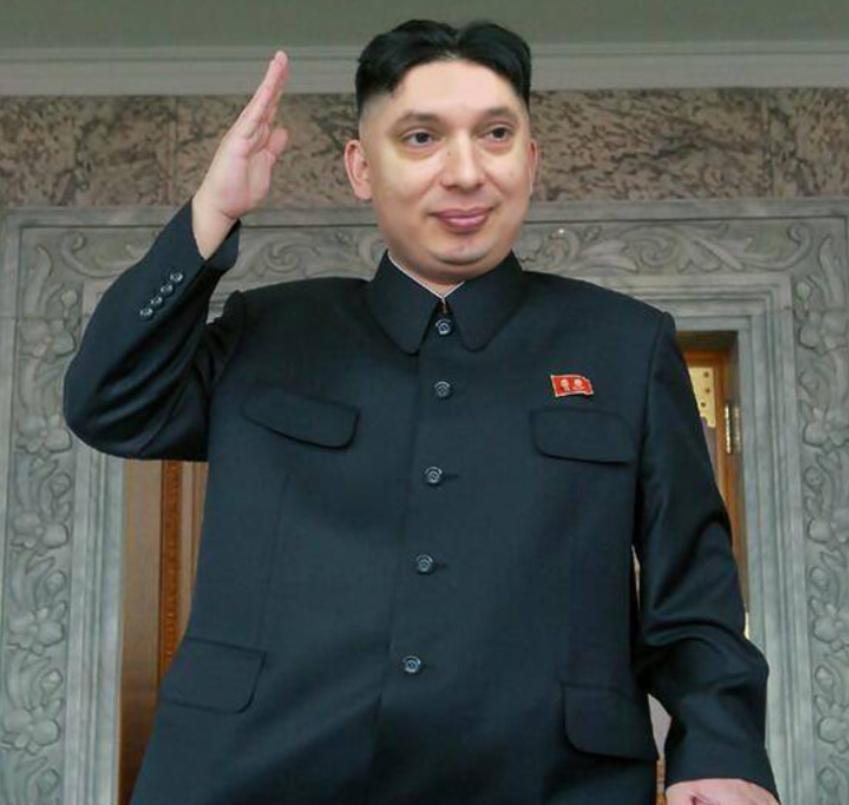 Smesna slika Aleksandra Vucica u ulozi Kim Jong-un diktatora