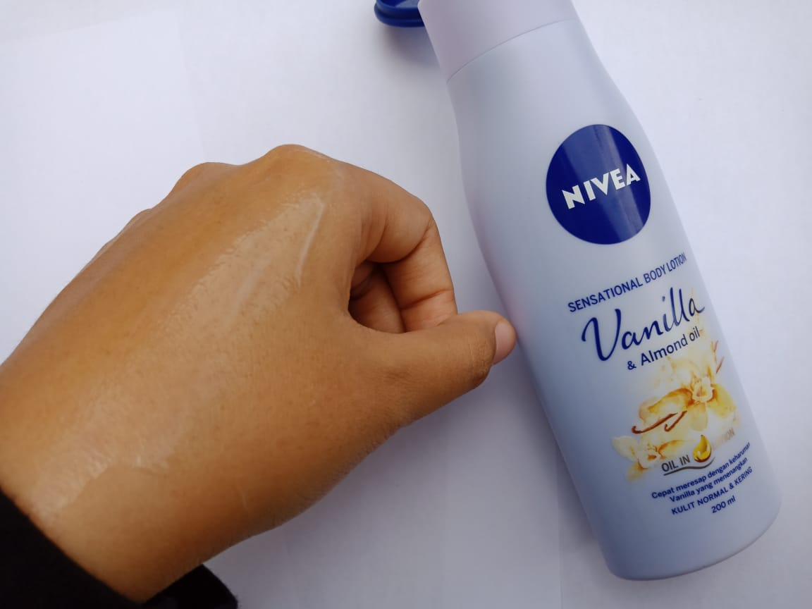 Review Nivea Sensational Body Lotion cherry blossom, orange blossom dan vanilla