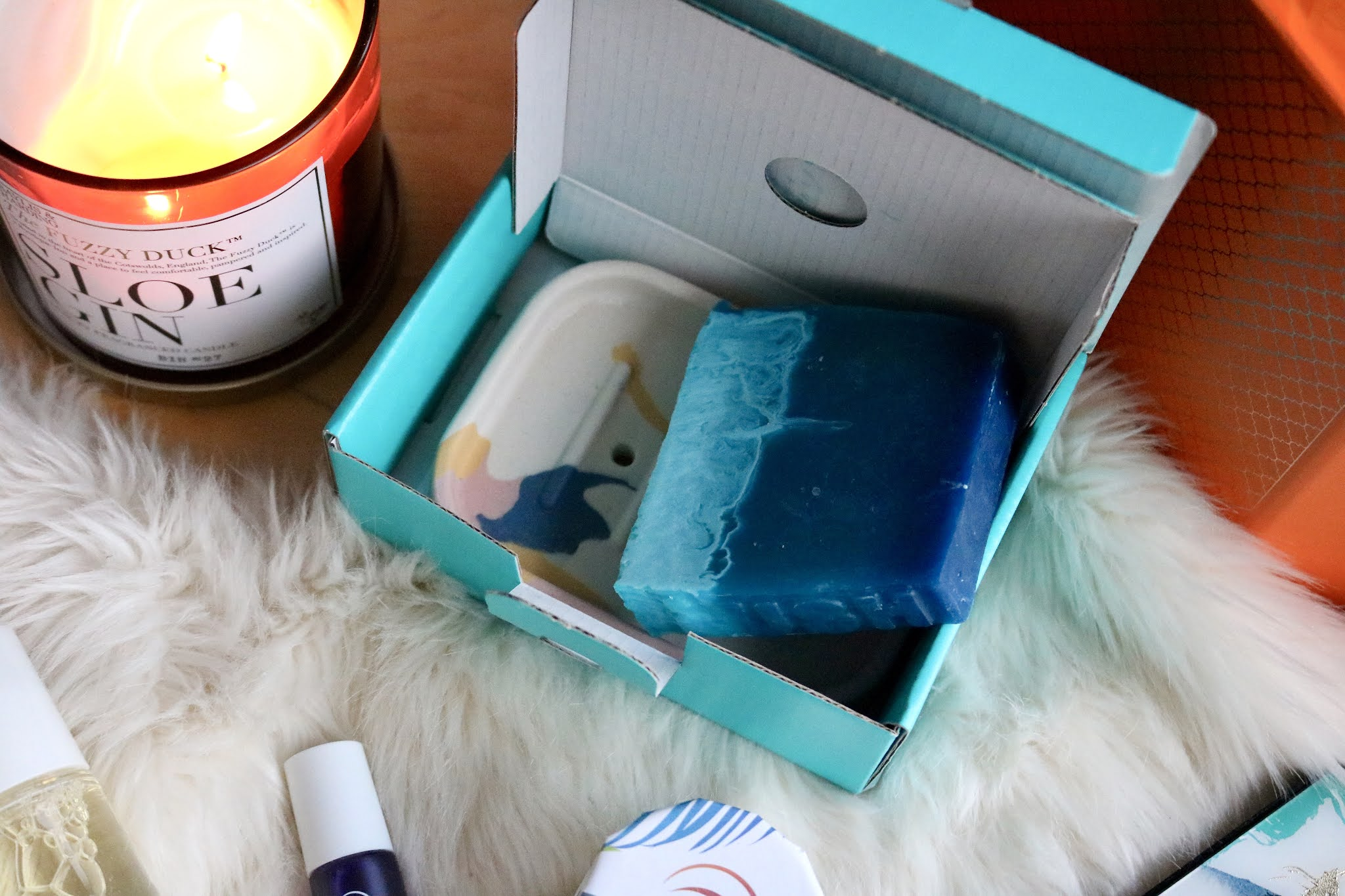 LUSH OUTBACK MATE SOAP AND DISH SET