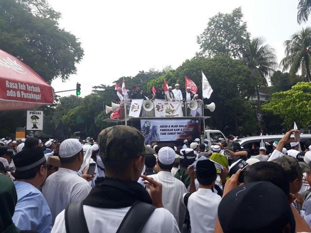 Menggetarkan! Massa Aksi Bela Islam Tuntut Sukmawati Ditangkap