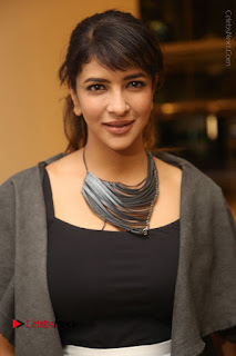 Actress Lakshmi Manchu Pos at Asian Para Badminton Championship Winners Felicitation Ceremony  0013.JPG