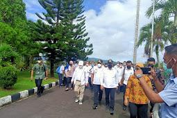 Suharso Monoarfa dan Sakti Wahyu Trenggono Tinjau Lokasi Ambon New Port dan Pelabuhan Terintergrasi