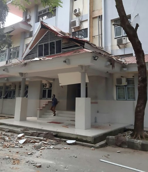 6.5 Magnitude Strong Earthquake Strikes Indonesia Killing At Least 20 People