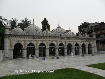 Star Mosque, Tara mosque, Tara mosjid