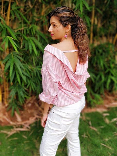 Actress Hamsa Nandini Latest Stills Looking Cute Navel Queens
