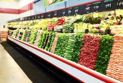 verduras de super mercado bien organizadas