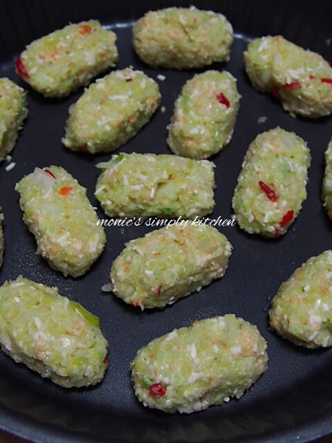 membuat baked cauliflower tots