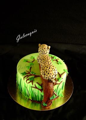 Tarta fondant selva con guepardo